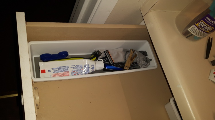 long-container-in-drawer
