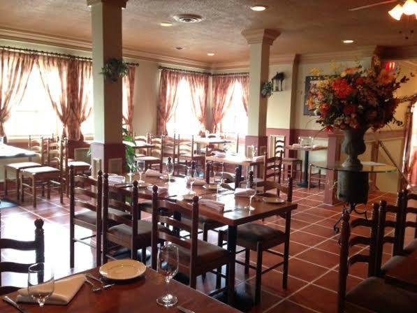chefe-daniel-dining-room