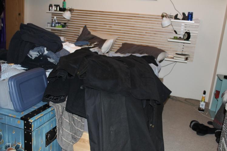 closet-clothes everywhere2